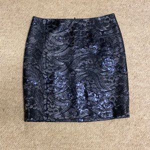 Ann Taylor Sequin mini skirt with back zip size 6